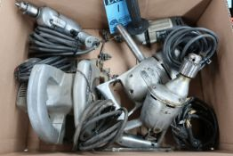 (LOT) ELECTRIC TOOLS INCLUDING (4) DRILLS & (1) CIRCULAR SAW