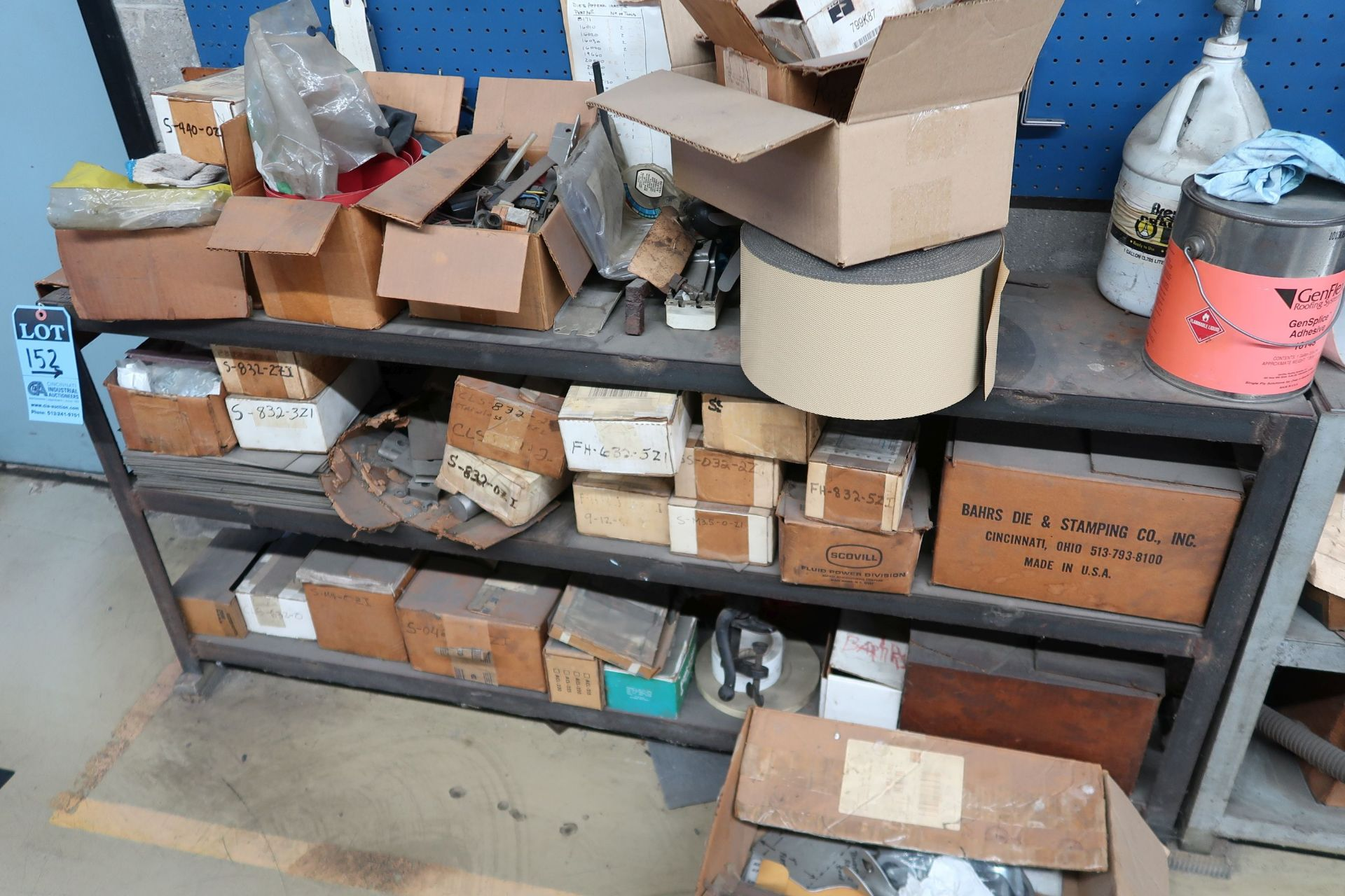 (LOT) CONTENTS OF RACK AGAINST WALL INCLUDING HARDWARE, TOOLS, ELECTRICAL PARTS (NO SOUND SYSTEM) - Image 6 of 6