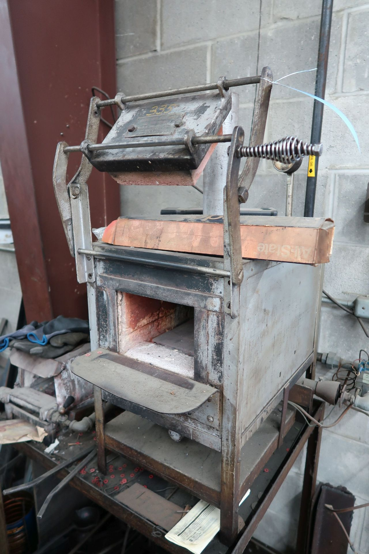 """KER & COMPANY NATURAL GAS OVEN; 7""""W X 5""""H X 15"""" DEEP, TO 2,000 DEGREES - Image 3 of 4"""