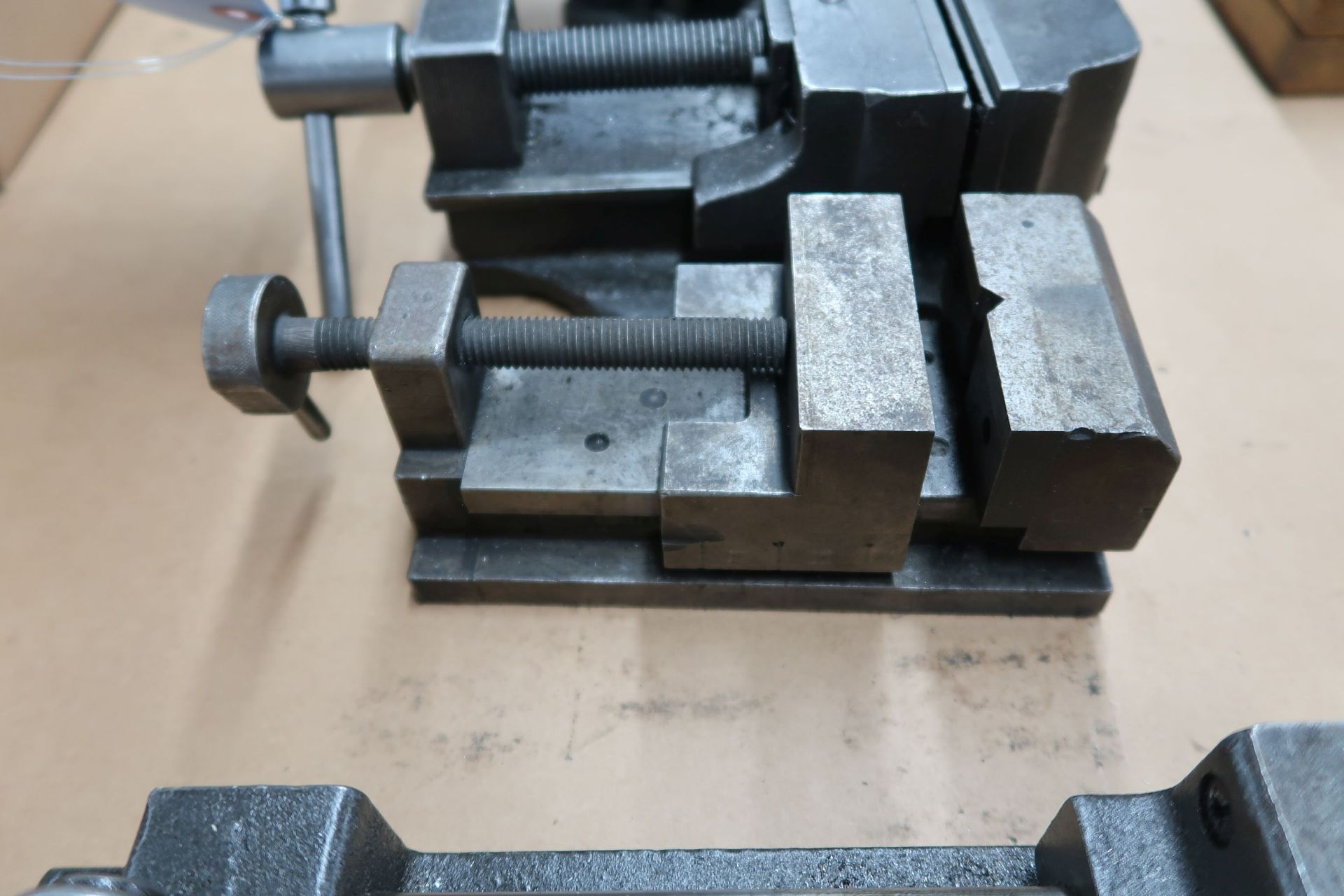MISC. BENCH VISES - Image 2 of 4