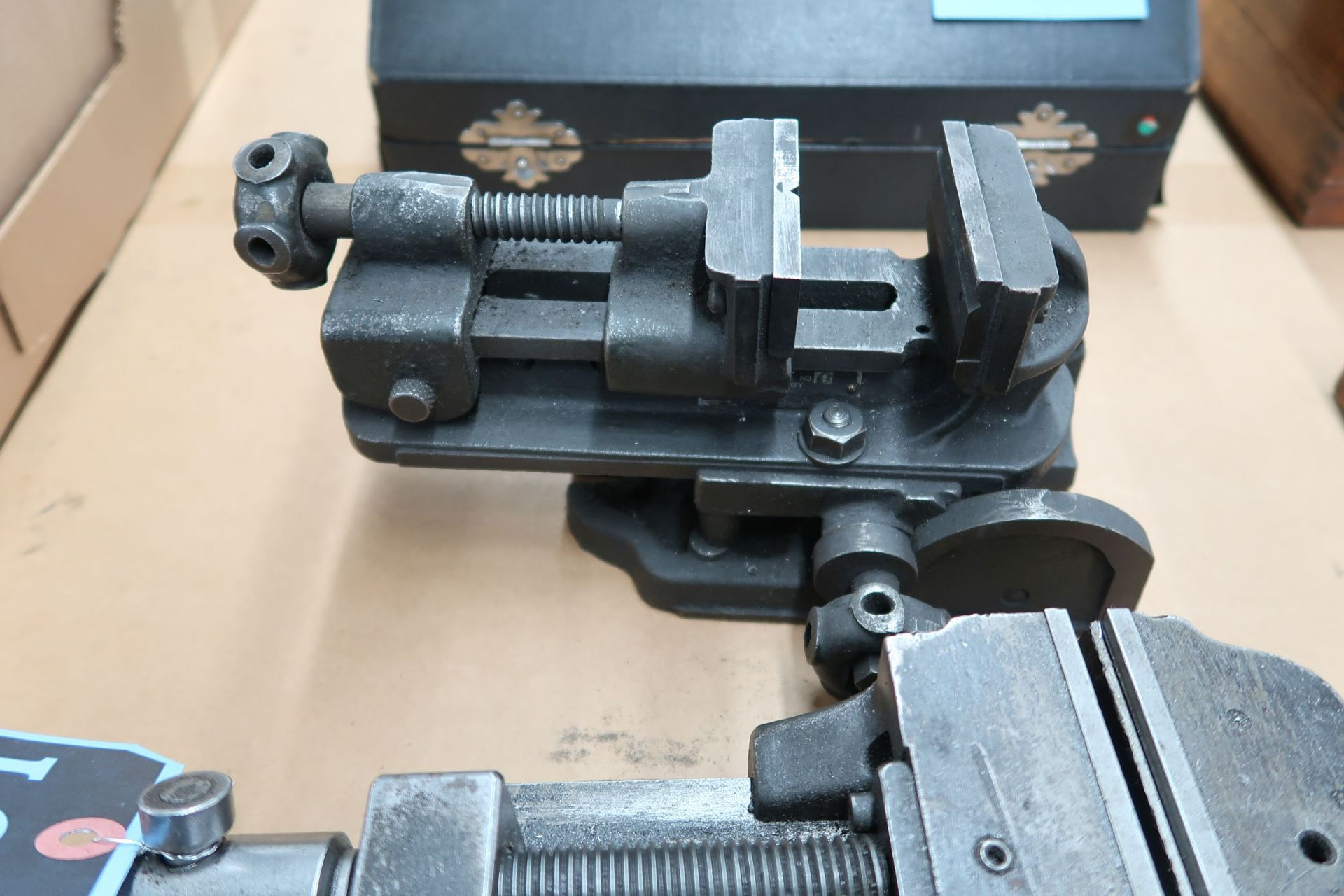 MISC. BENCH VISES - Image 4 of 4