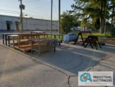 (LOT) MISCELLANEOUS STEEL TABLES AND SAW HORSES