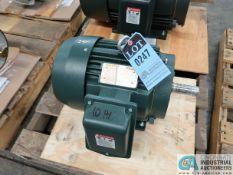 10 HP TOSHIBA TYPE 1KKH ELECTRIC MOTOR, 2,700 RPM (NEW)