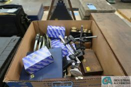 (LOT) MISCELLANEOUS INSPECTION GAGES INCLUDING DIAL GAGES, MICROMETERS, WEIGHTS, MAGNETIC STANDS