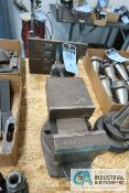 (LOT) MILL VISE AND ANGLE PLATE