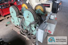 "MFG UNKNOWN AND CAPACITY POWER DRIVER AND IDLER; S/N N/A, 16"" RUBBER WHEELS, 28"" BETWEEN CENTERS,"