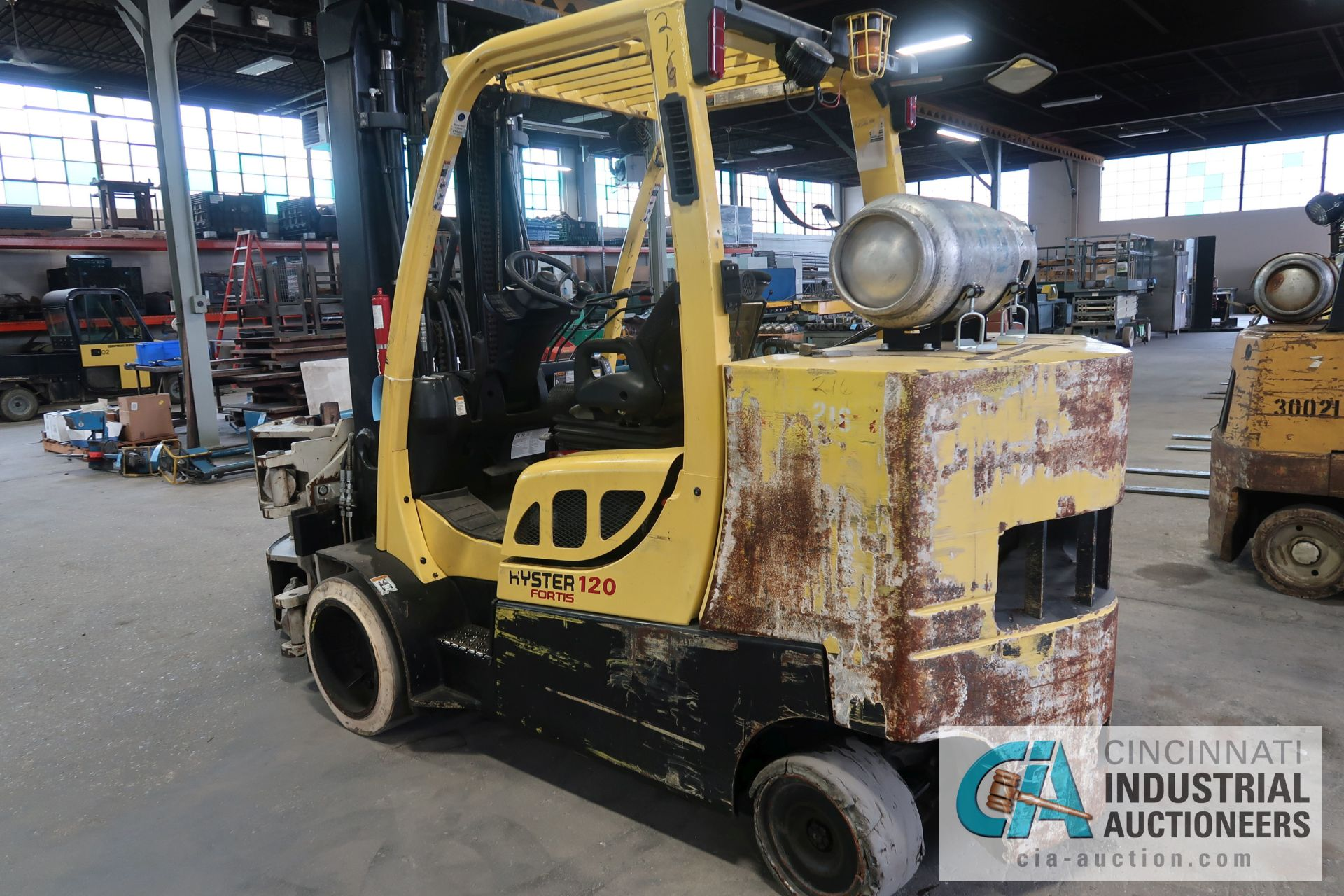 12,000 LB. HYSTER MODEL S120FT-PRS LP GAS CUSION TIRE THREE-STAGE MAST LIFT TRUCK; S/N - Image 2 of 12
