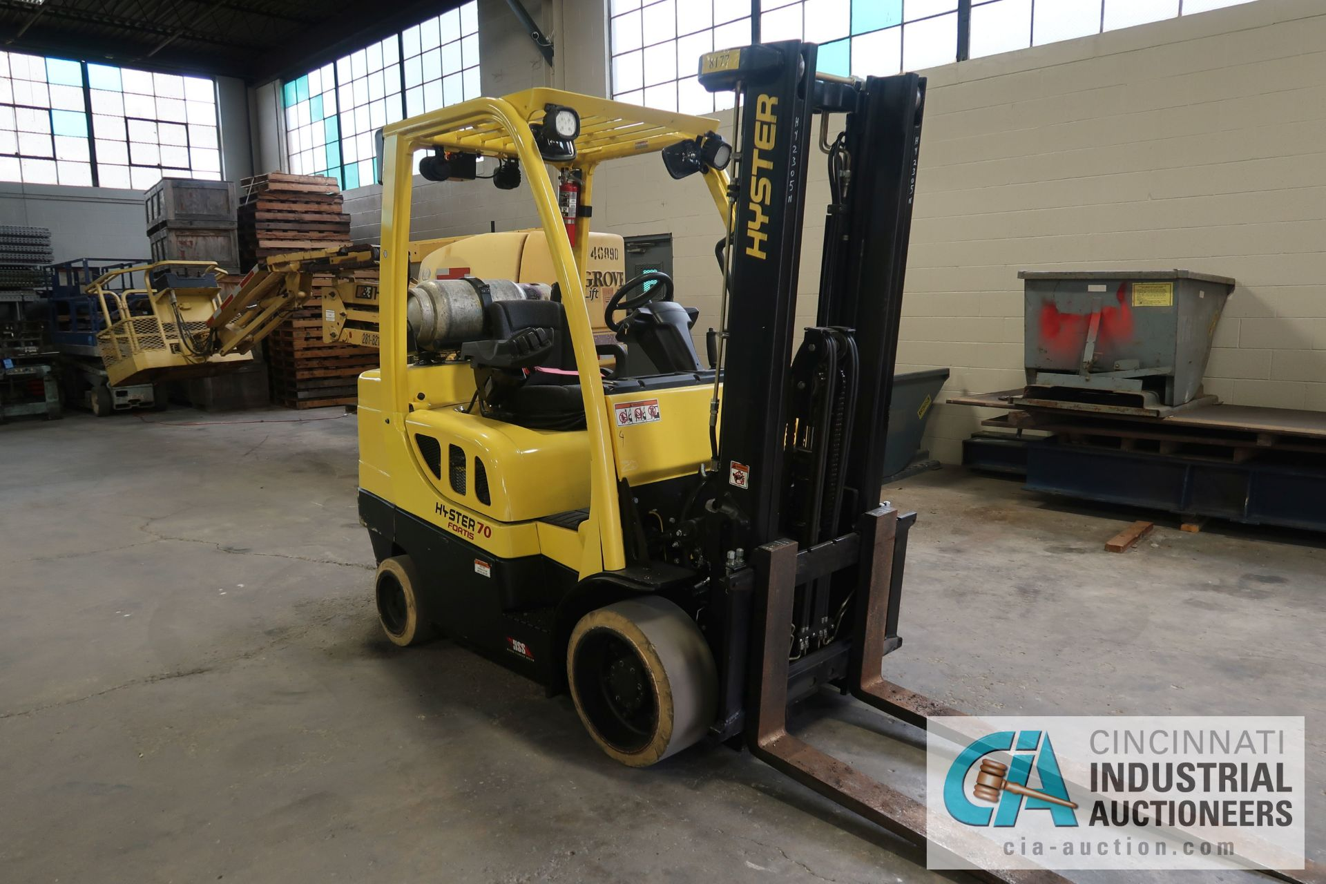 """7,000 LB. HYSTER MODEL S70FT LP GAS CUSHION TIRES TWO-STAGE MAST LIFT TRUCK; S/N H187V02305N, 122"""" - Image 2 of 8"""