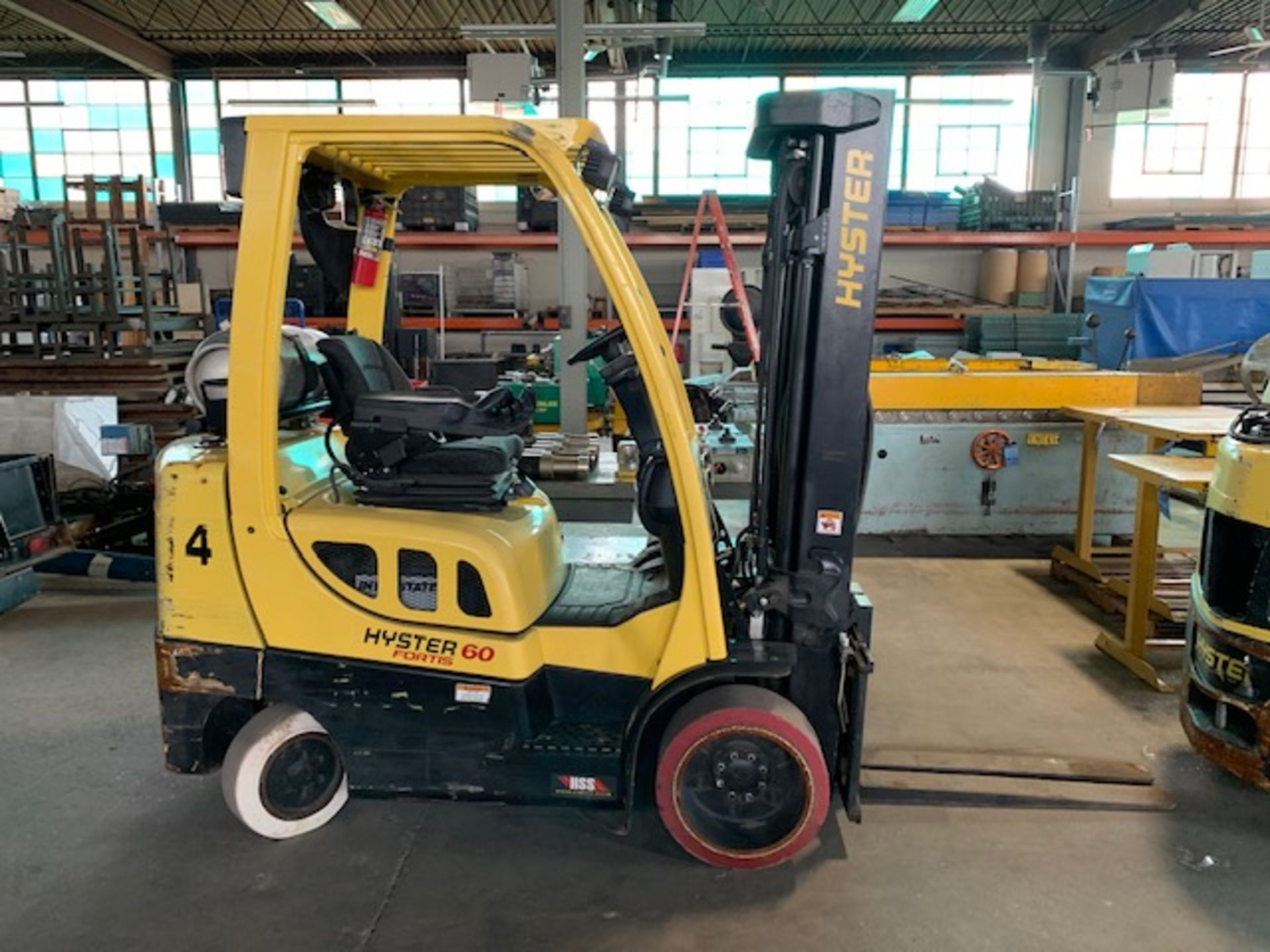 5,000 LB. HYSTER MODEL S50FT LP GAS CUSHION TIRE LIFT TRUCK; S/N F187V25798M - Image 2 of 11