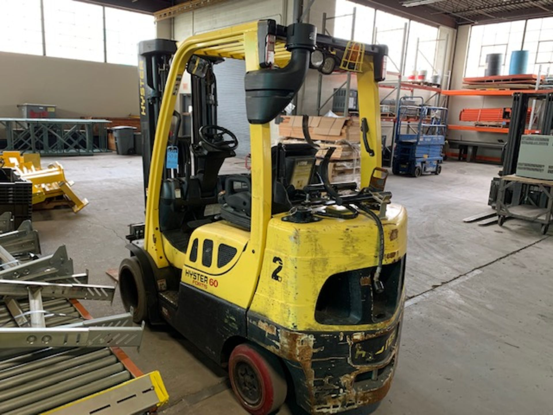 5,000 LB. HYSTER MODEL S50FT LP GAS CUSHION TIRE LIFT TRUCK; S/N F187V25799M - Image 4 of 10