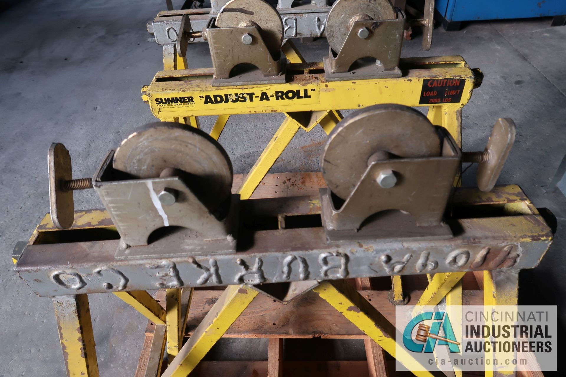 2,000 LB. CAPACITY SUMNER ADJUST-A ROLL STEEL WHEEL ROLLER STANDS - Image 2 of 3