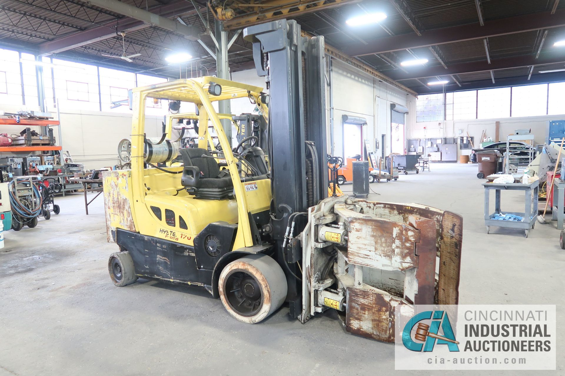12,000 LB. HYSTER MODEL S120FT-PRS LP GAS CUSION TIRE THREE-STAGE MAST LIFT TRUCK; S/N - Image 4 of 12