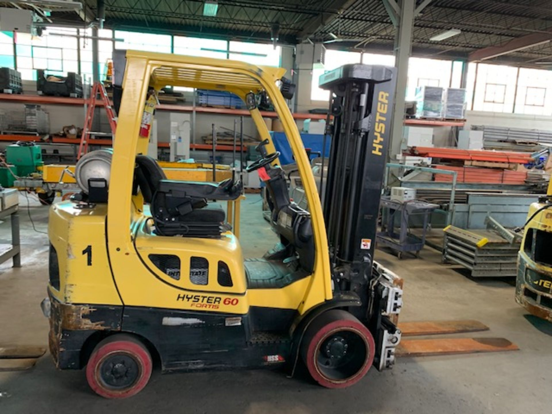 5,000 LB. HYSTER MODEL S50FT LP GAS CUSHION TIRE LIFT TRUCK; S/N F187V25800M - Image 2 of 12