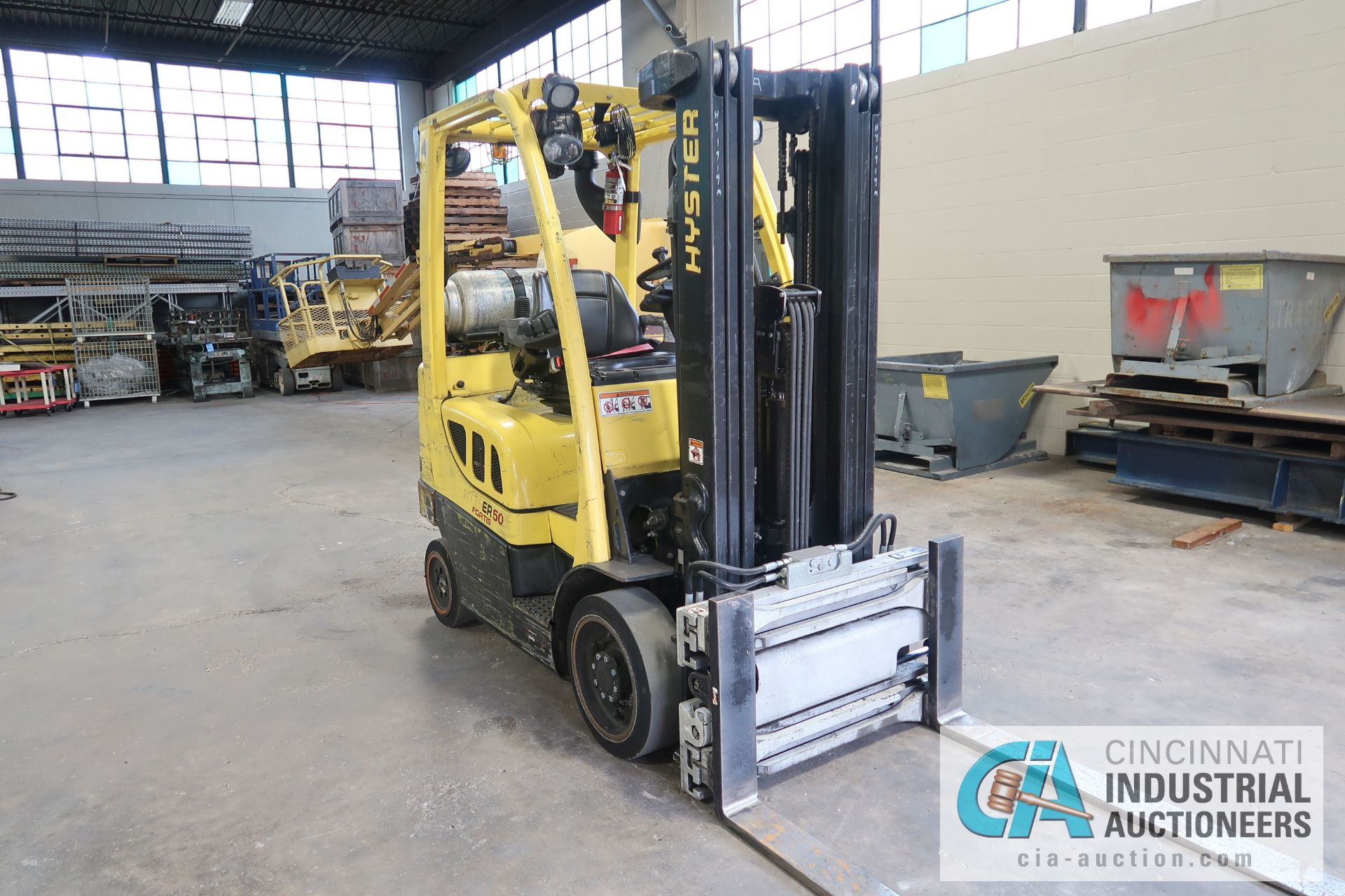 5,000 LB. HYSTER MODEL S50FT LP GAS CUSHION TIRE THREE-STAGE MAST LIFT TRUCK; S/N G187V01914M, - Image 2 of 11