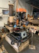 3' ARM RADIAL FLARING MACHINE WITH DIES