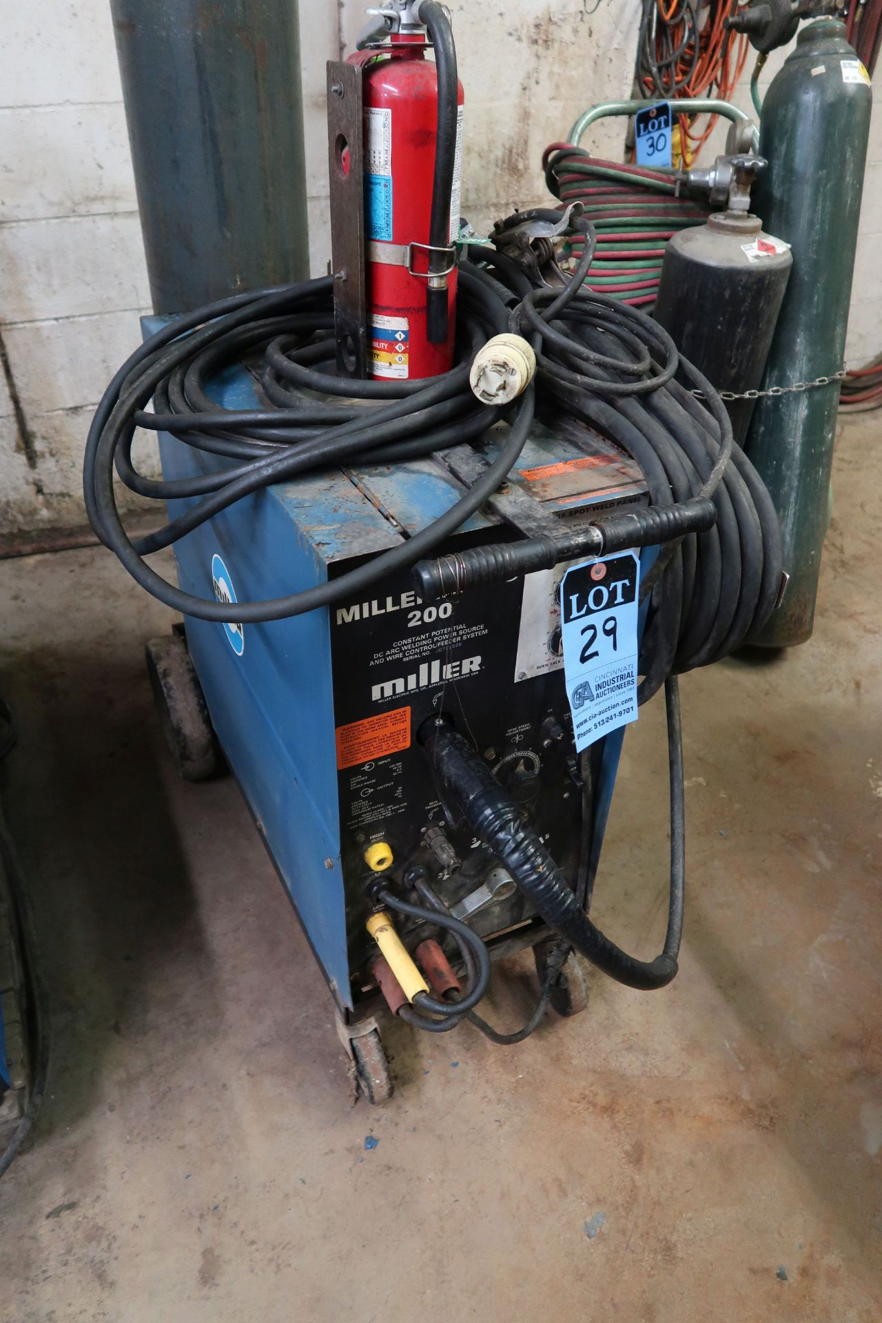 200 AMP MILLER MODEL MILLERMATIC 200 CONSTANT POTENTIAL DC ARC WELDING POWER SOURCE AND WIRE CONTROL