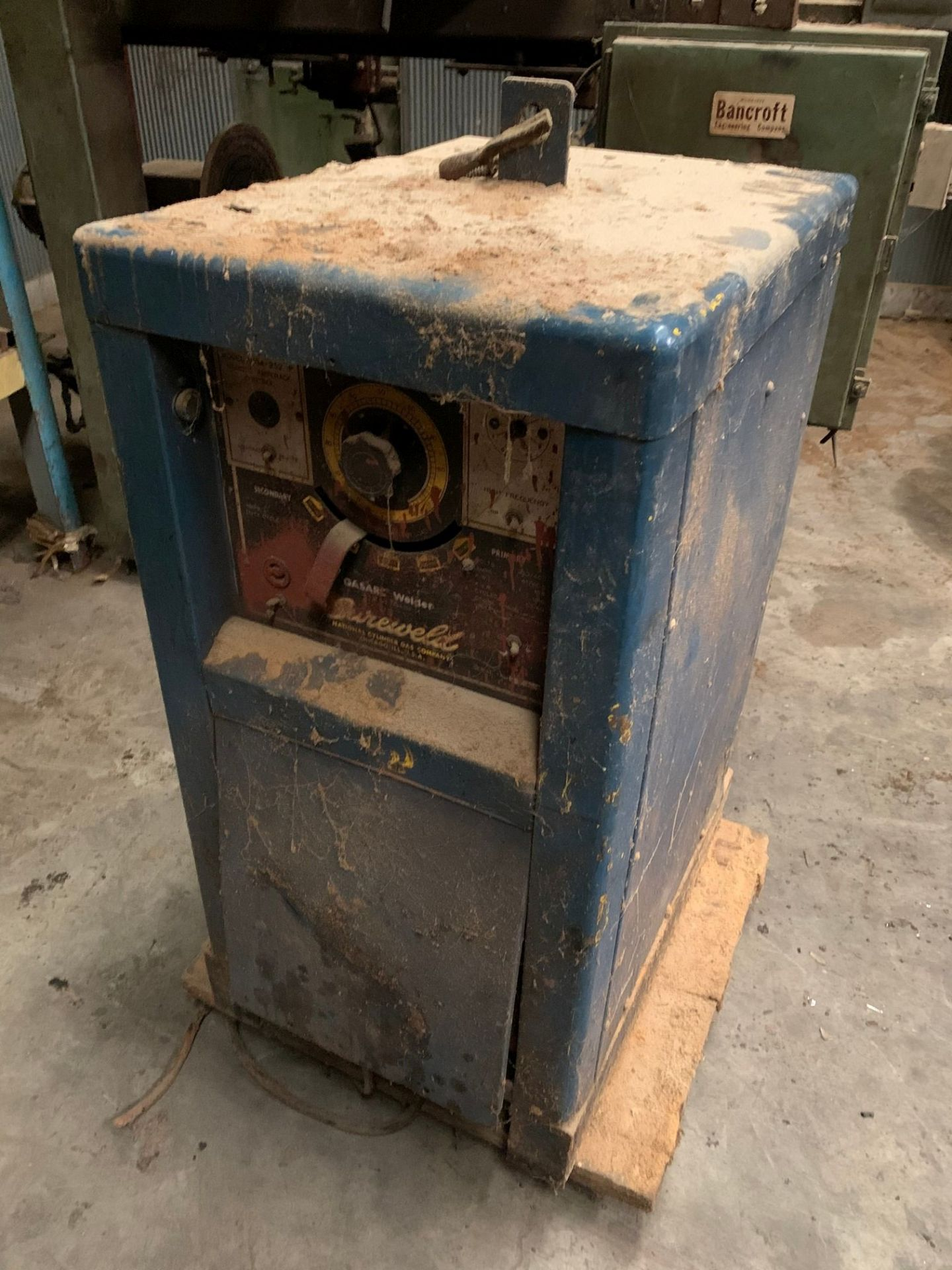 BANCROFT TANK HEAD WELDER WITH MILLER POWER SUPPLY - Image 3 of 3
