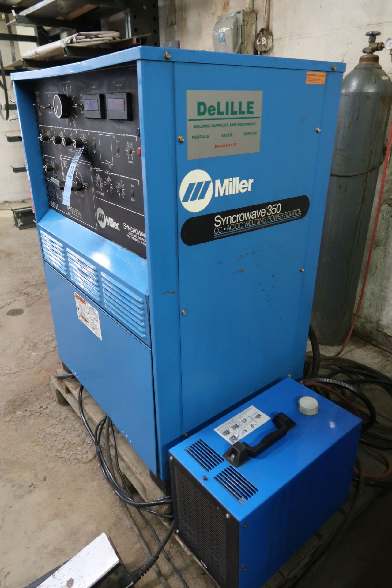 350 AMP MILLER SYNCROWAVE 350 CONSTANT CURRENT AC/DC ARC WELDING POWER SOURCE; S/N KA885504, WITH - Image 3 of 5