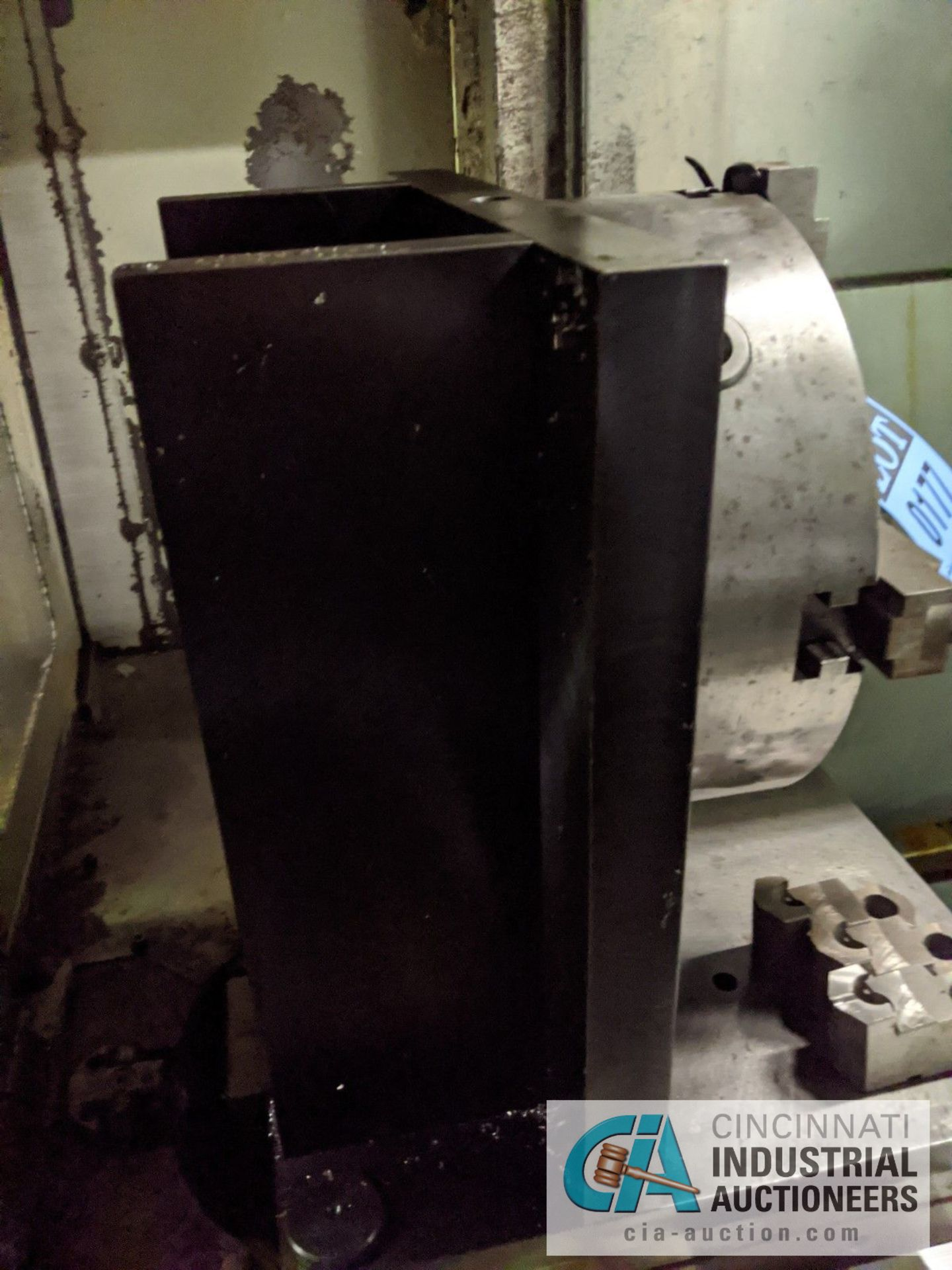 """12"""" 3-JAW CHUCK ON MACHINE TABLE - Image 2 of 4"""