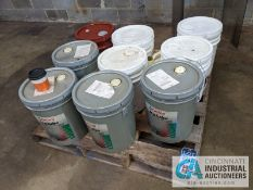 5 GALLON BUCKETS OF VIRGIN HYDRAULIC OIL