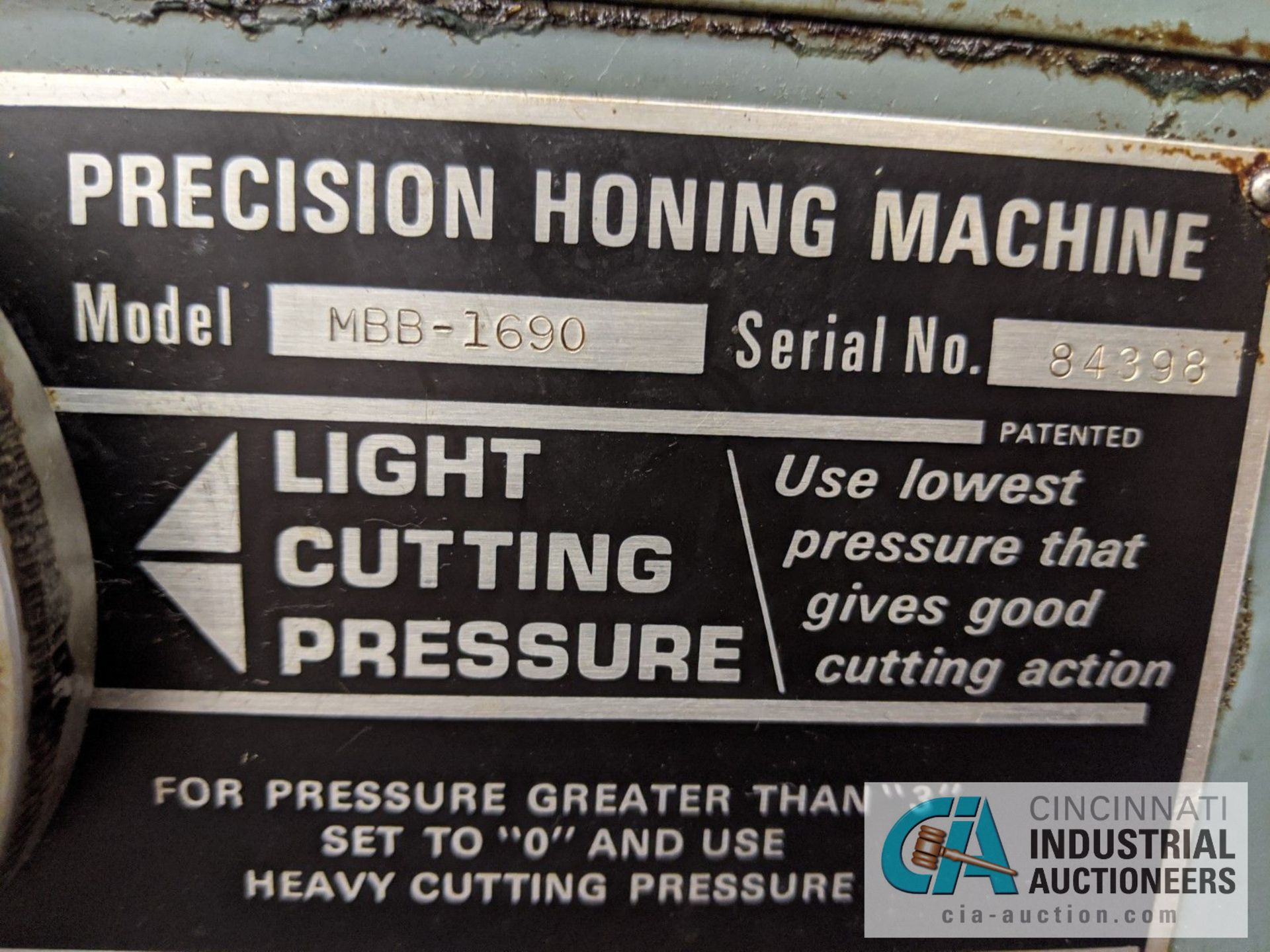 SUNNEN MODEL MBB-1690 PRECISION HONING MACHINE; S/N 84398 - Image 3 of 3