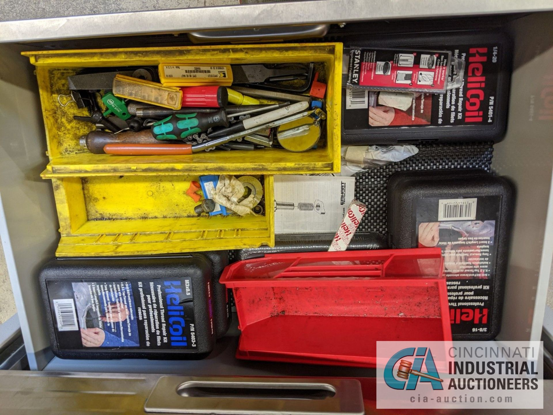 6-DRAWER PORTABLE TOOL BOX WITH CONTENTS - ASSORTED HAND TOOLS, MAPLE TOP - Image 6 of 6