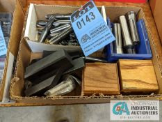 (LOT) LATHE TOOLING, R8 TOOLING, CARBIDE END MILLS