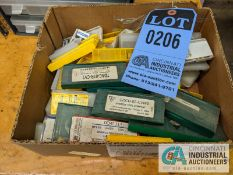 (LOT) CARBIDE INSERTS IN BOX AND (2) INDEXES