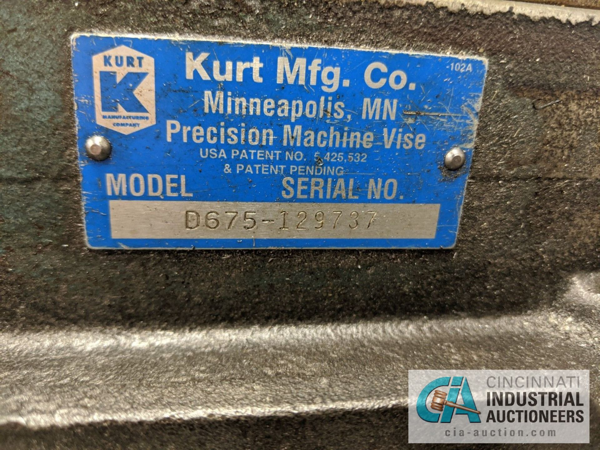 "8"" KURT MILL VISE - Image 2 of 2"