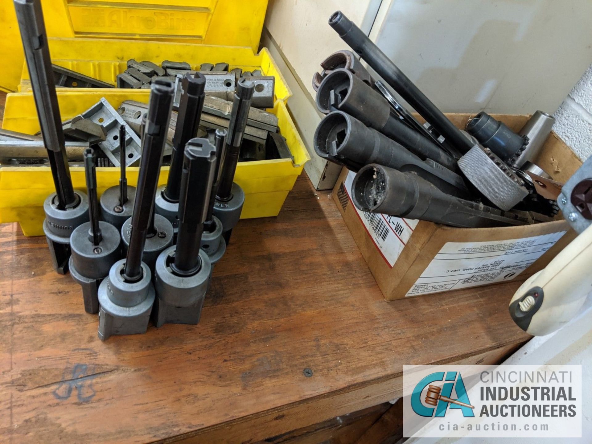 (LOT) ASSORTED HONE TOOLING IN TOTES AND CABINET WIHT BENCH - Image 3 of 4