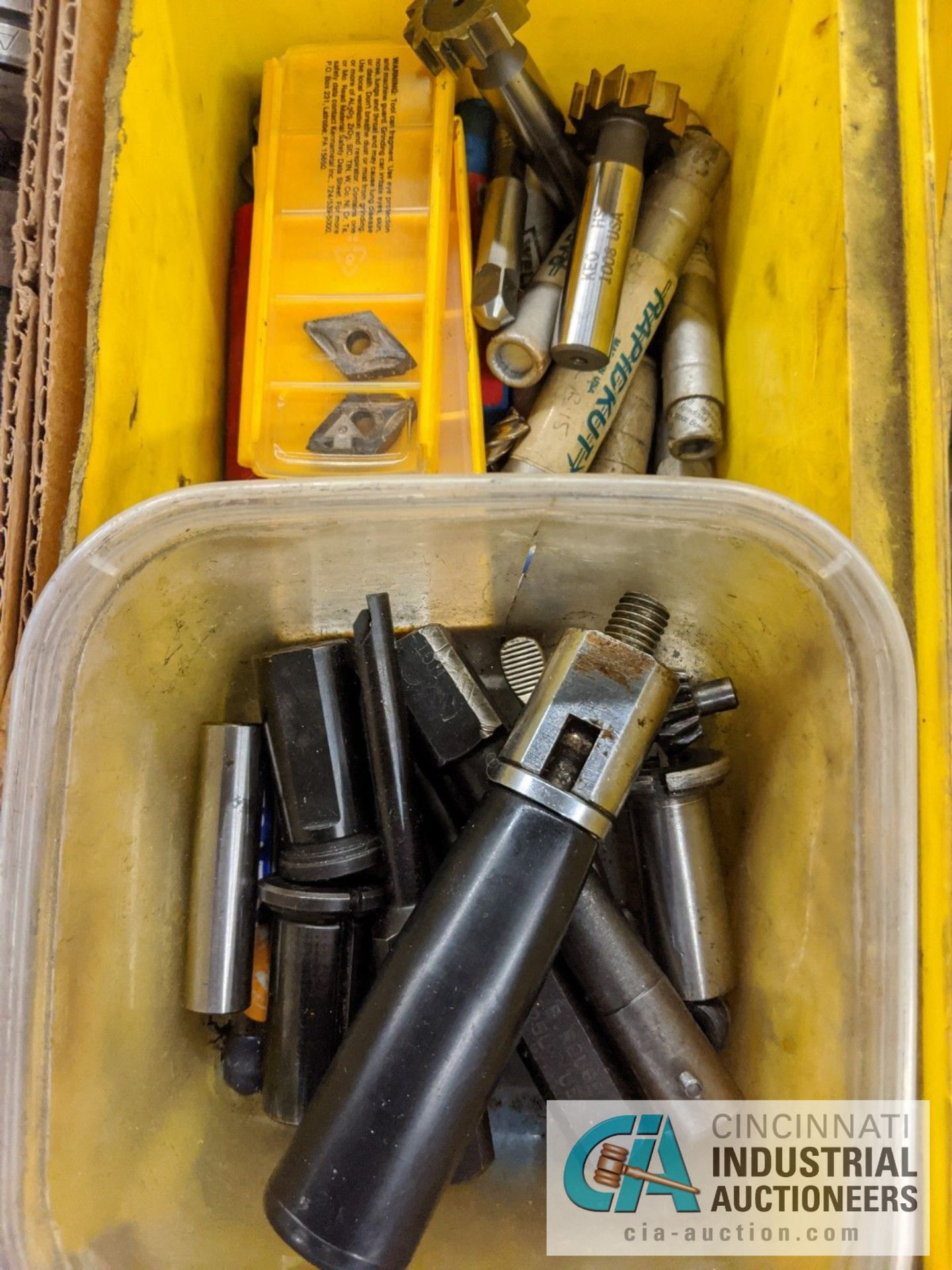 (LOT) BOX OF PERISHABLES; BORING BARS, END MILLS, TAPS, KEY WAY CUTTERS - Image 2 of 5