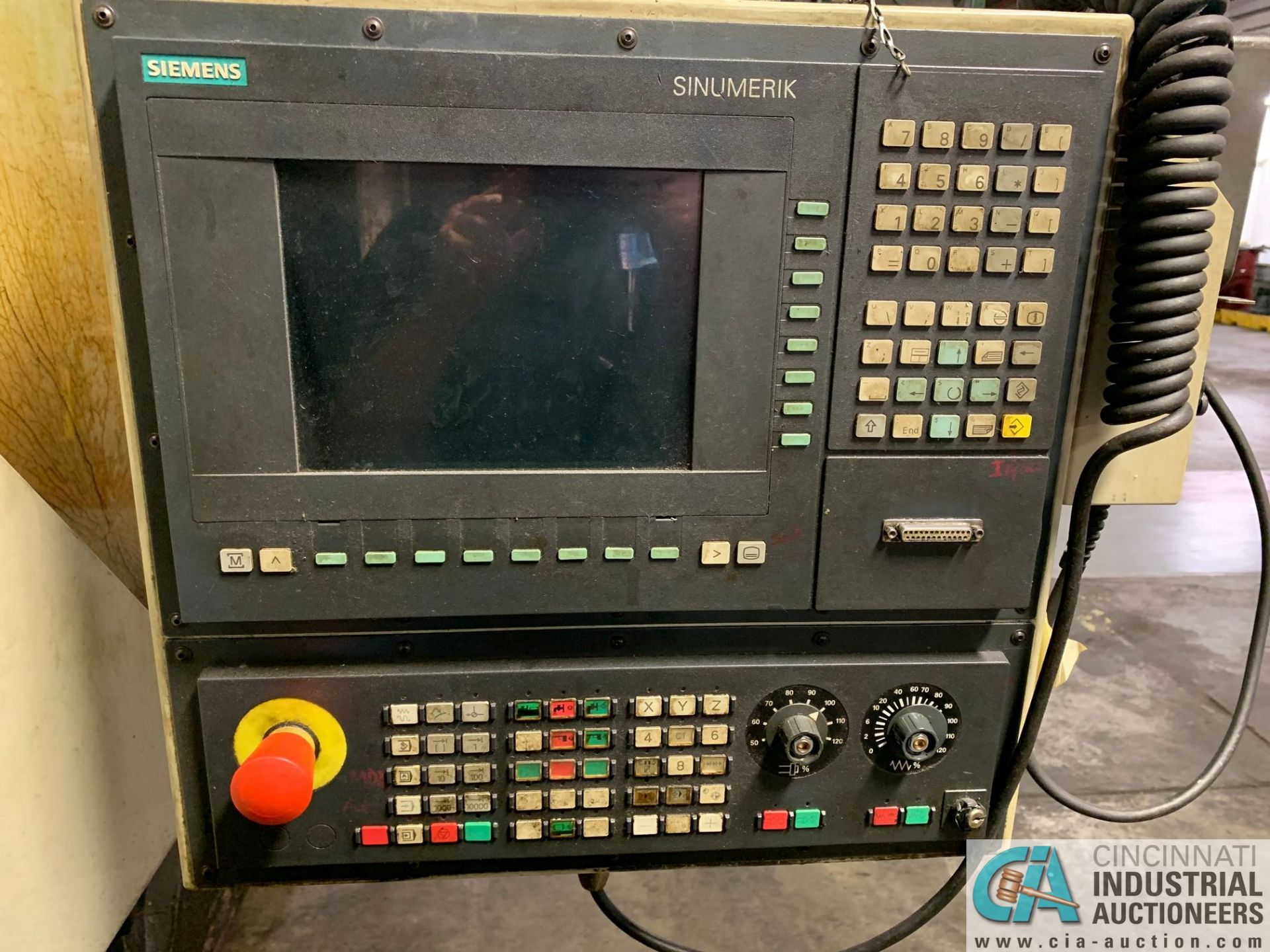 MONARCH UNISIGN TYPE UNIVERS 4 ZONALL 4 CNC VERTICAL MACHINING CENTER; S/N 99Z403, NO. 4293, - Image 5 of 13