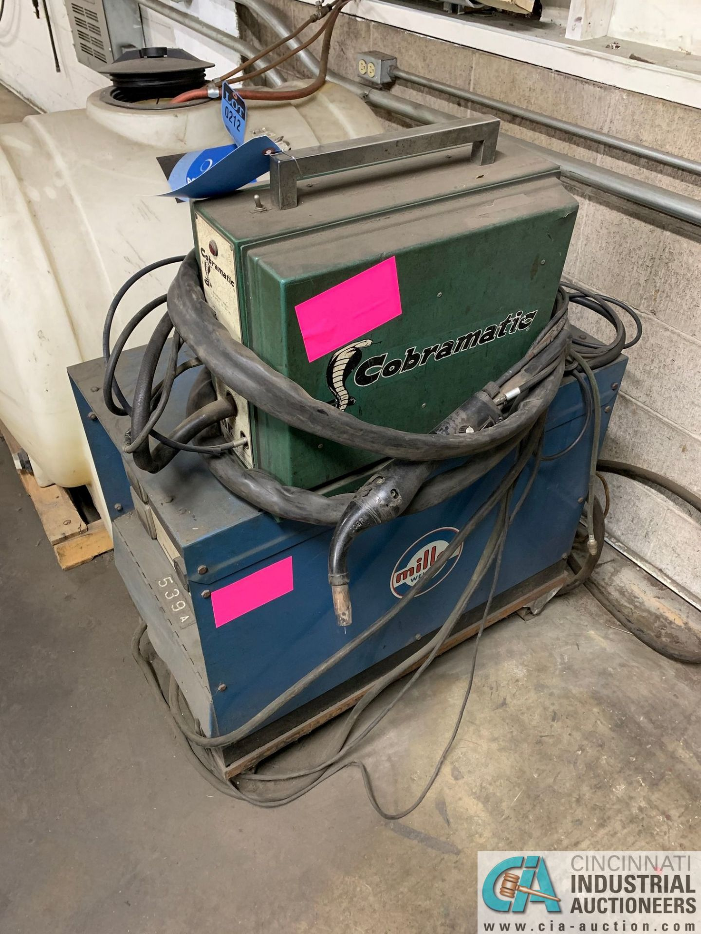 MILLER CP-300 WELDER WITH COBRAMATIC WIRE FEED - Image 4 of 4