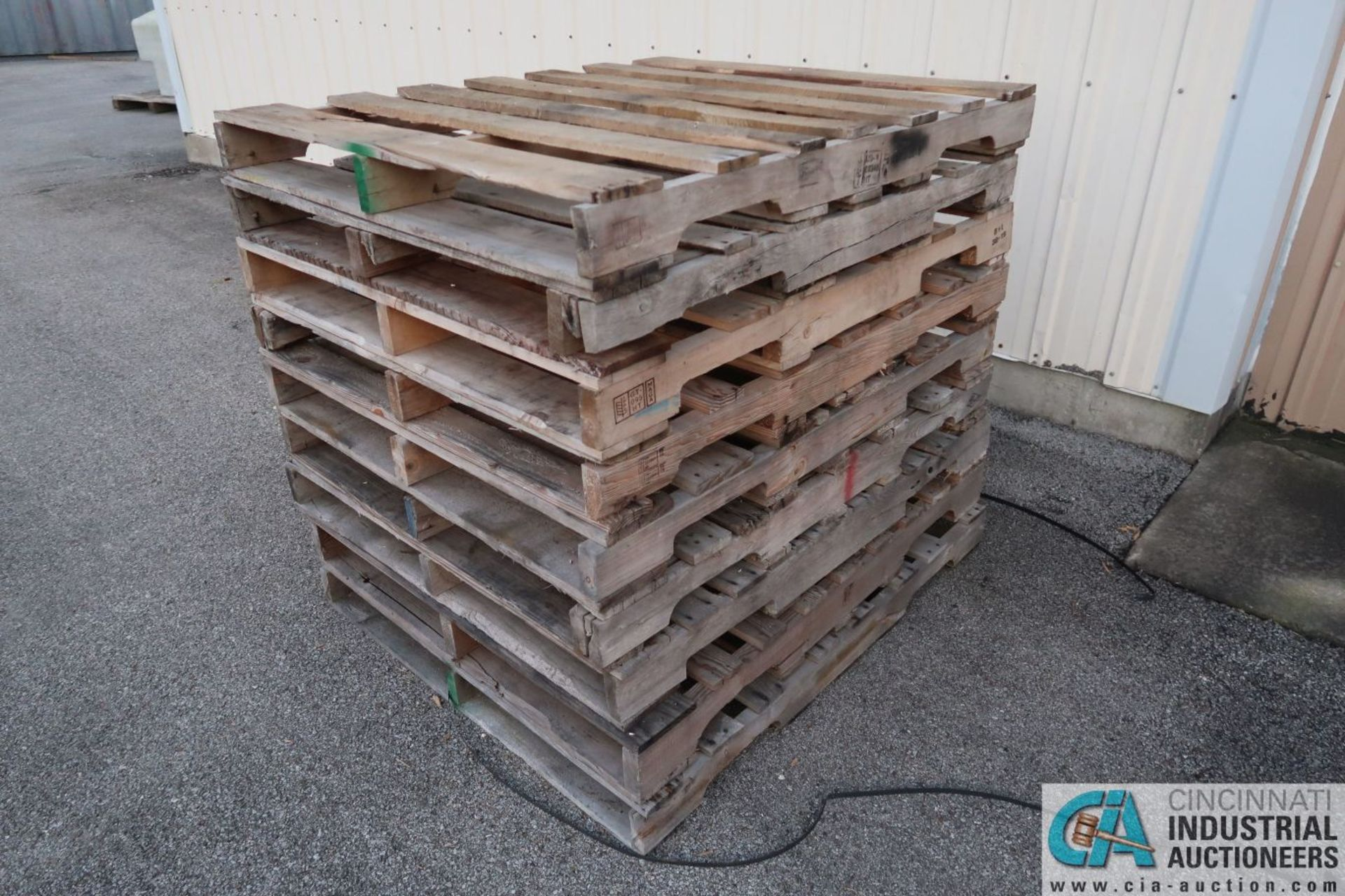 APPROX. VARIOUS SIZE NEW WOOD PALLETS - Image 5 of 5