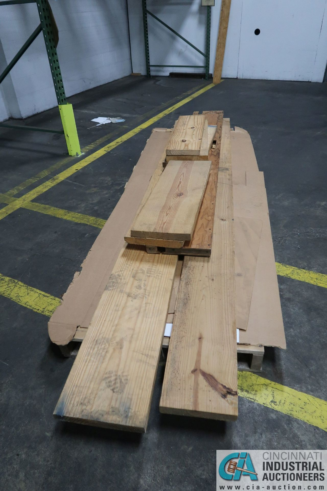 (LOT) MISCELLANEOUS SIZE AND LENGTH CONSTRUCTION LUMBER - Image 3 of 4