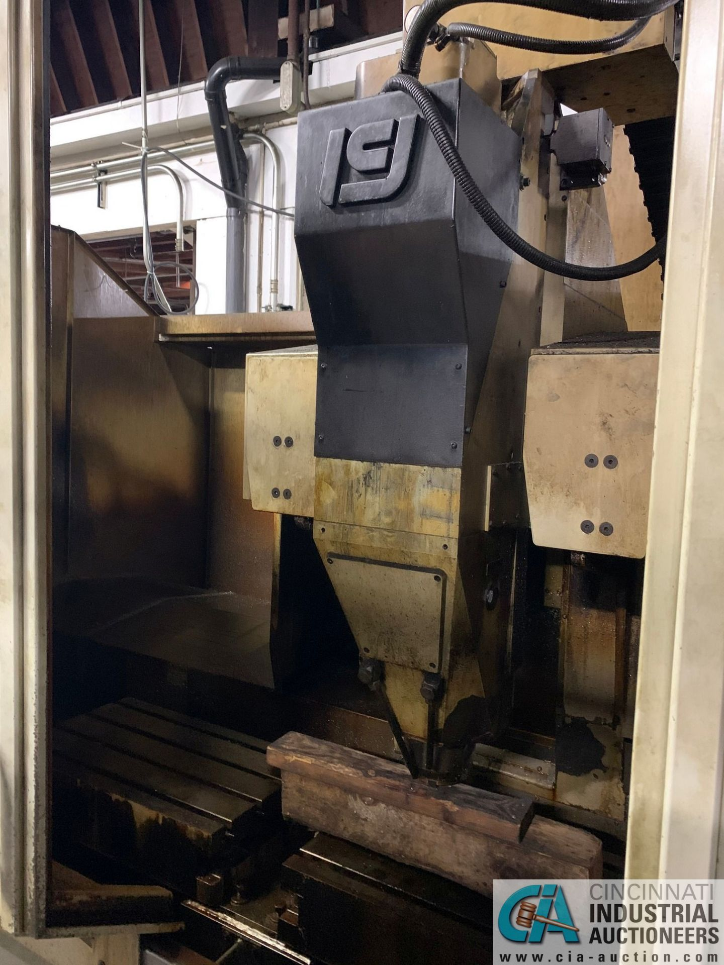 MONARCH UNISIGN TYPE UNIVERS 4 ZONALL 4 CNC VERTICAL MACHINING CENTER; S/N 99Z402, NO. 4292, - Image 2 of 11