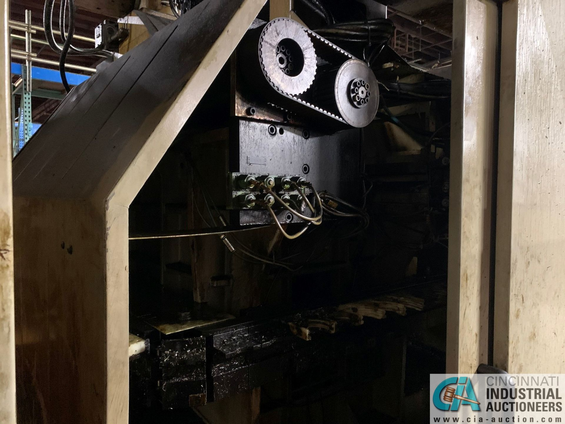 MONARCH UNISIGN TYPE UNIVERS 4 ZONALL 4 CNC VERTICAL MACHINING CENTER; S/N 99Z402, NO. 4292, - Image 7 of 11