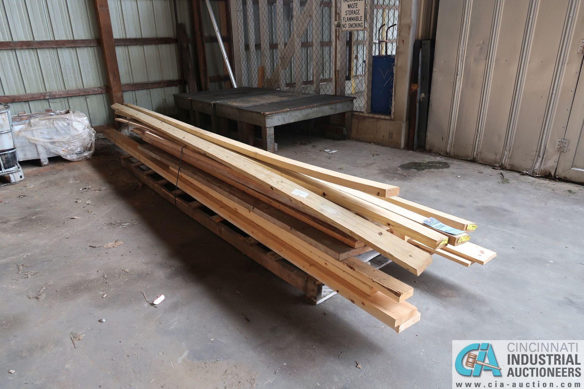 (LOT) MISCELLANEOUS SIZE AND LENGTH CONSTRUCTION LUMBER - Image 2 of 4