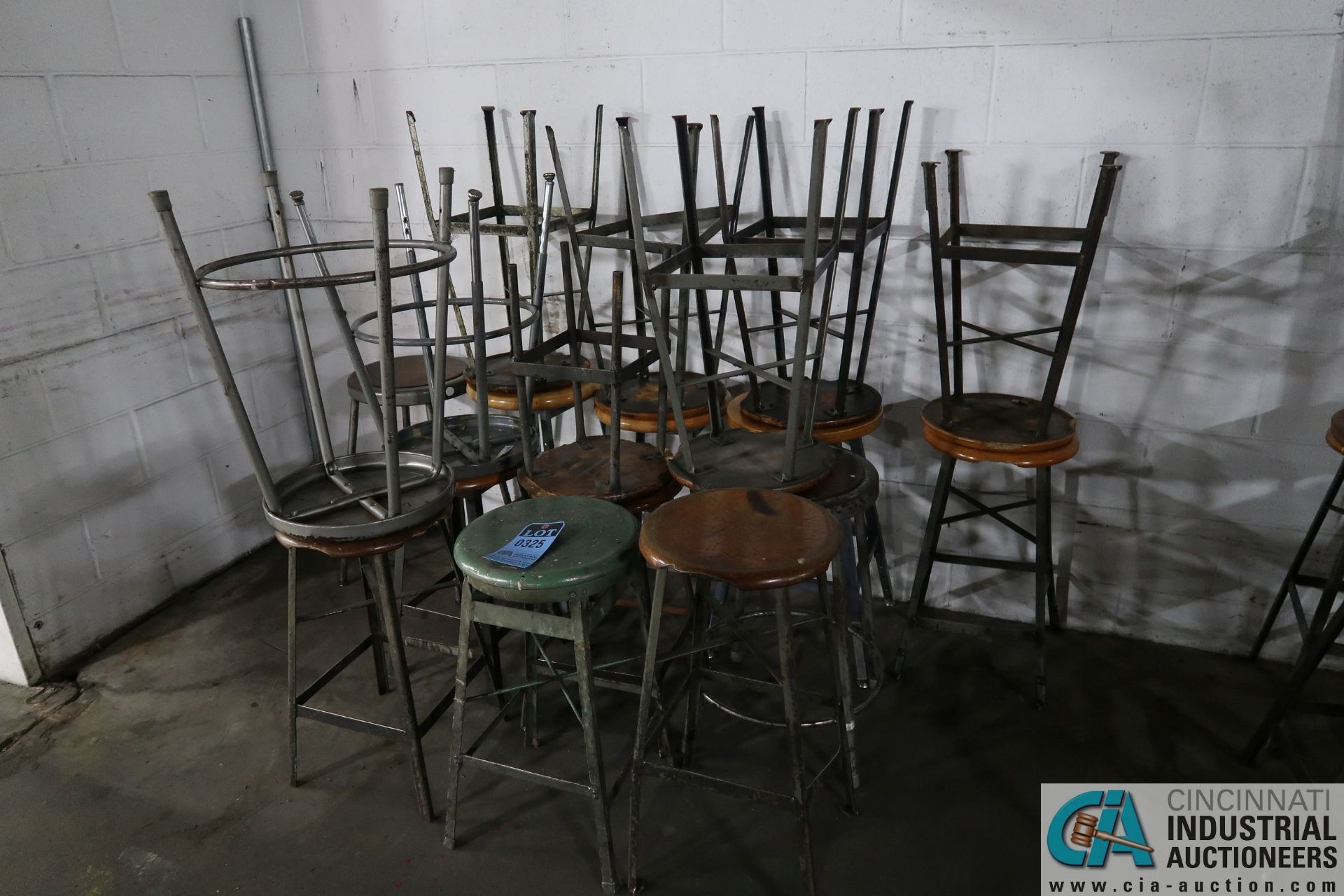 BARSTOOL STYLE STEEL FRAME WOOD SEAT SHOP CHAIRS