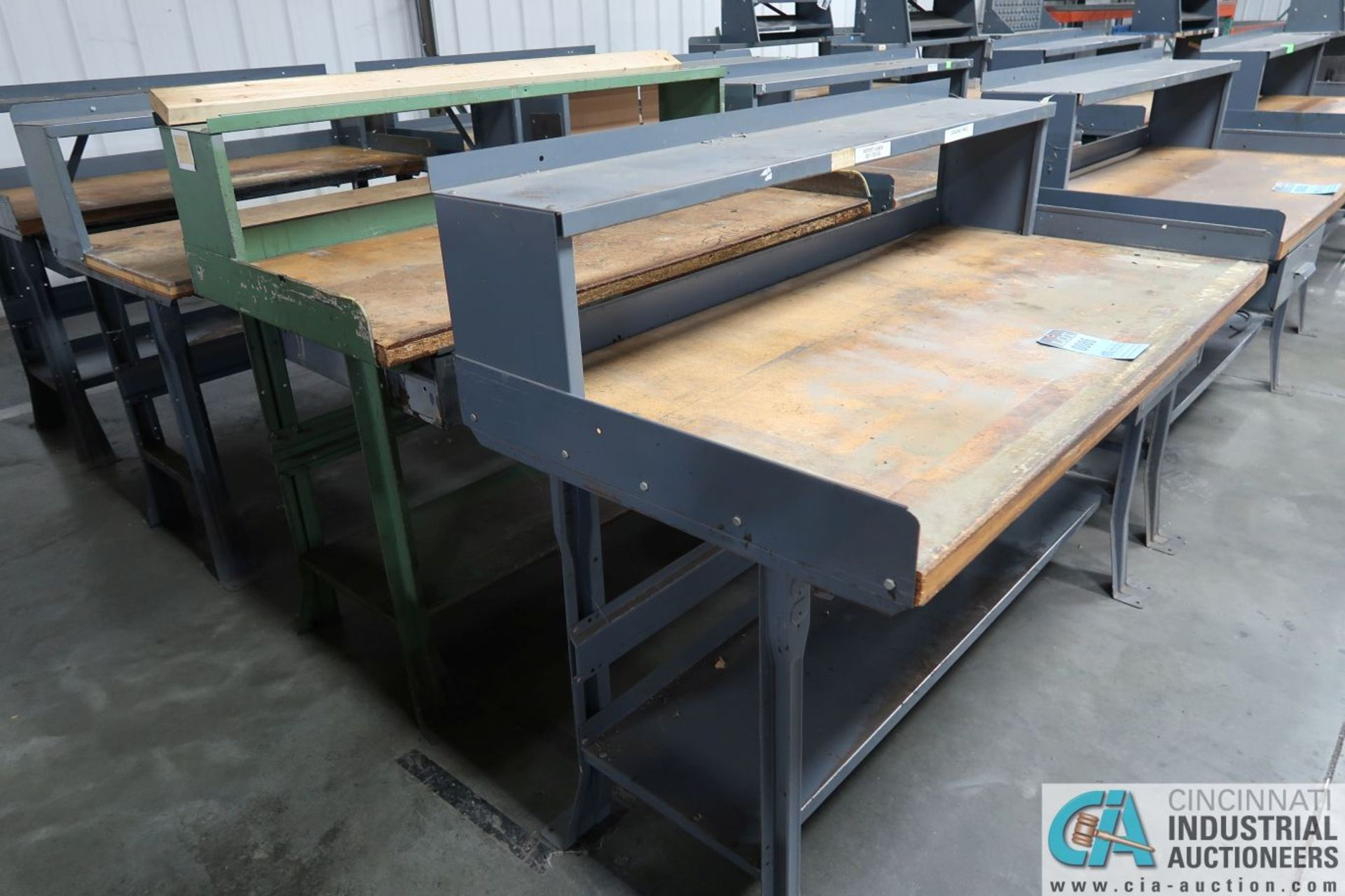 "30"" X 60"" X 34"" HIGH STEEL FRAME MAPLE TOP WORKSTATIONS WITH MOUNTED RISERS - Image 2 of 3"