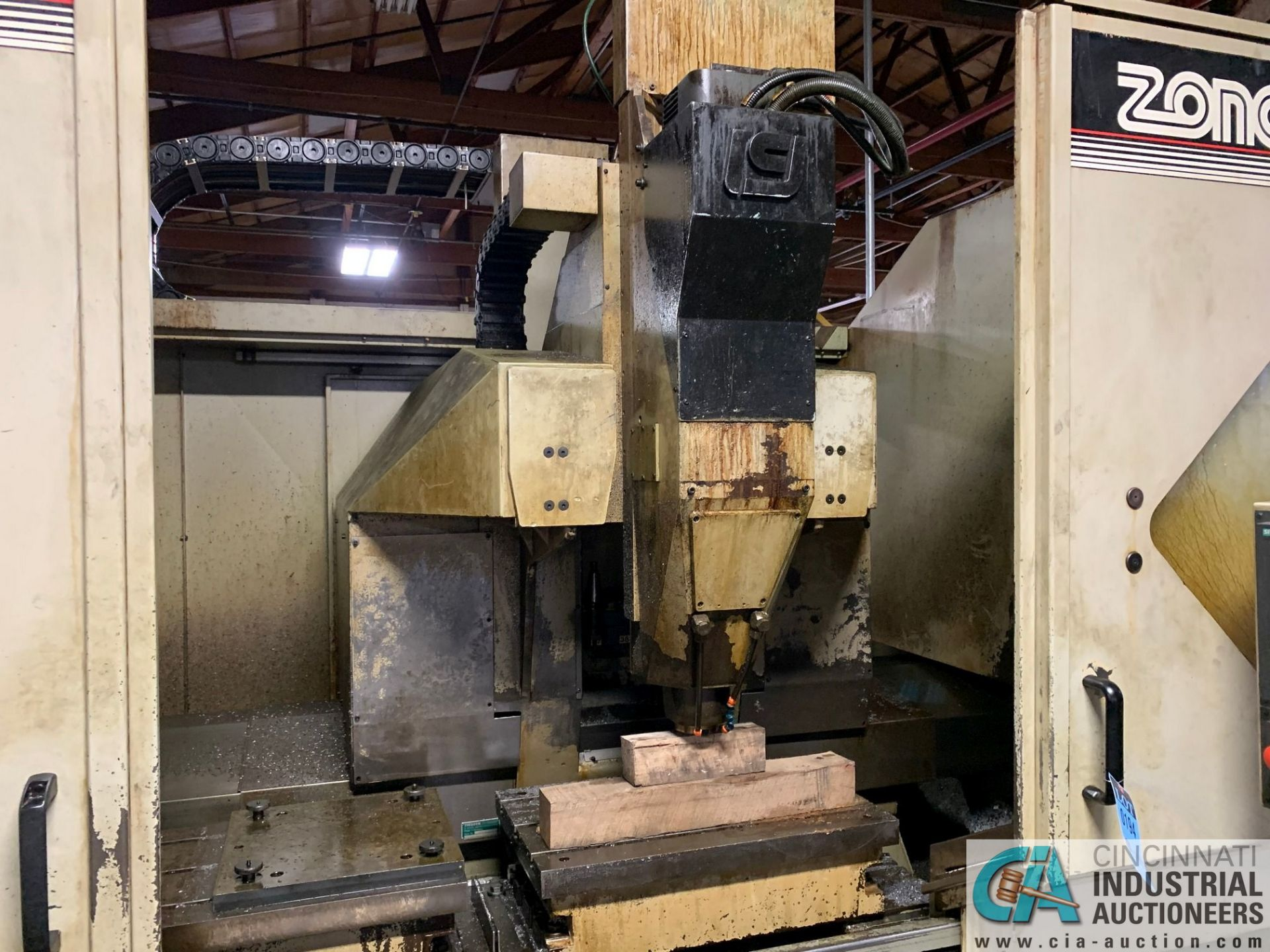 MONARCH UNISIGN TYPE UNIVERS 4 ZONALL 4 CNC VERTICAL MACHINING CENTER; S/N 99Z403, NO. 4293, - Image 2 of 13