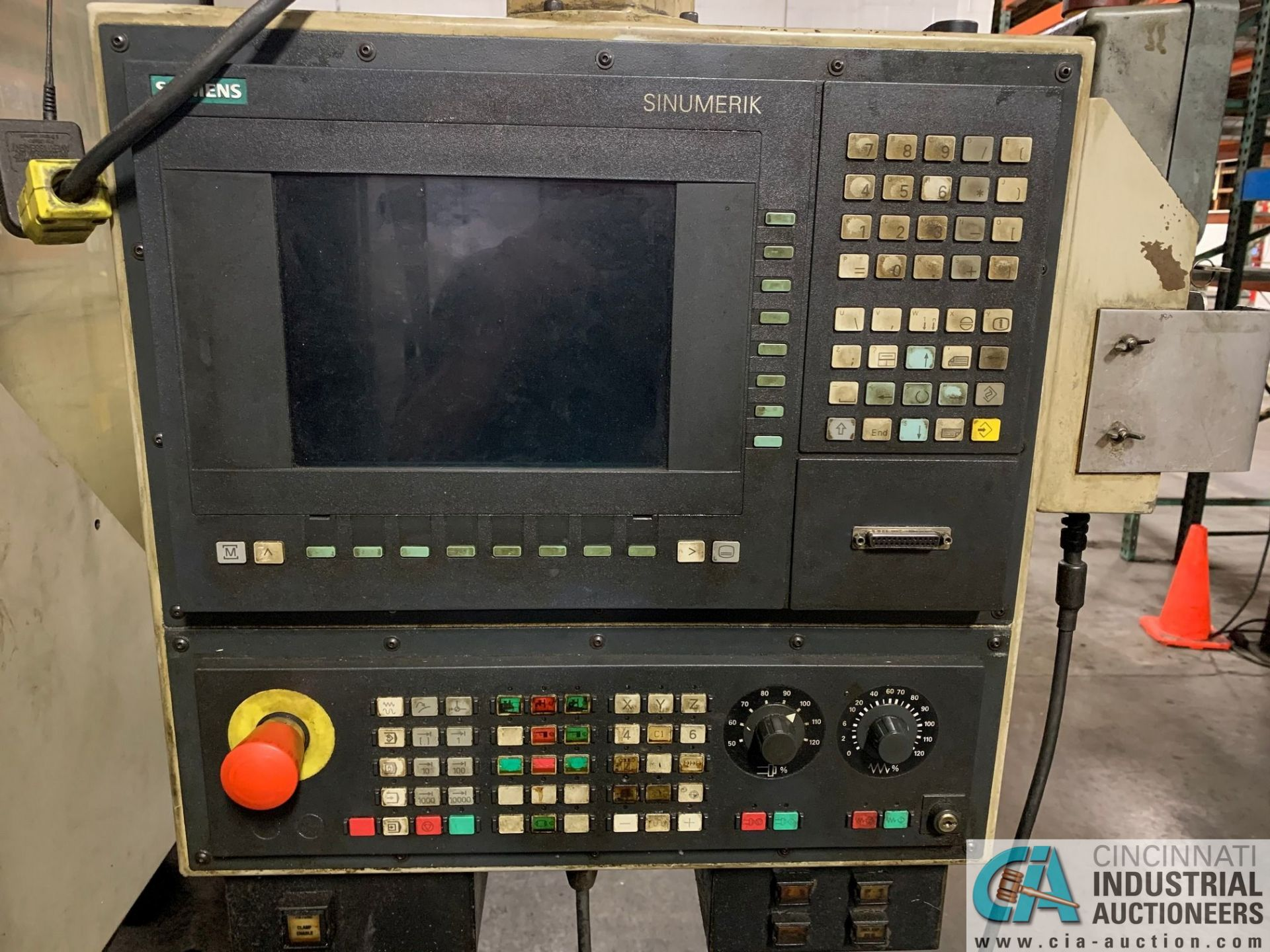 MONARCH UNISIGN TYPE UNIVERS 4 ZONALL 4 CNC VERTICAL MACHINING CENTER; S/N 99Z402, NO. 4292, - Image 4 of 11