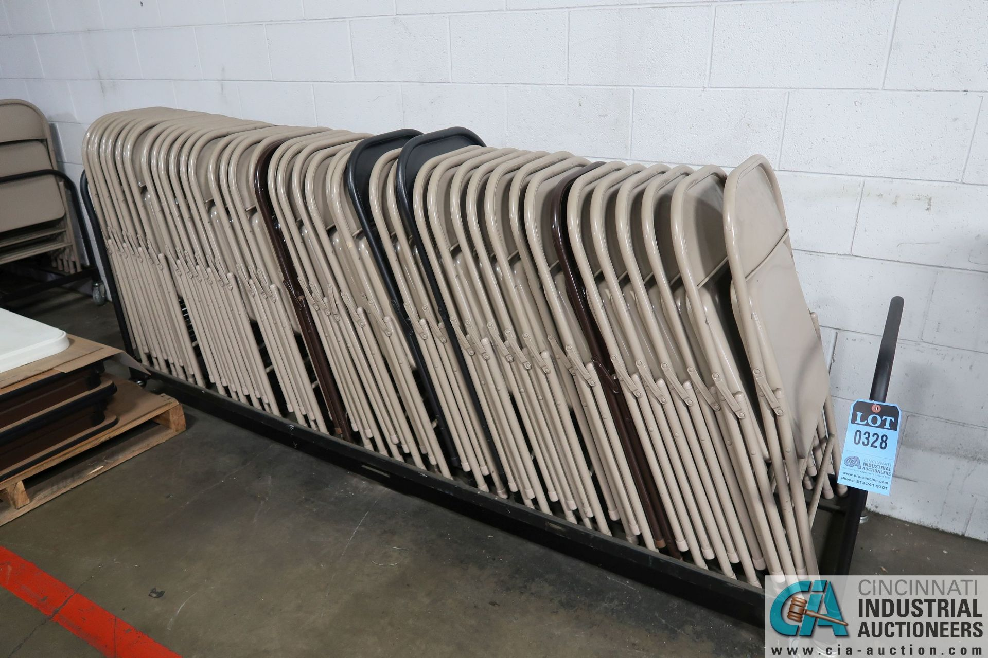 METAL FOLDING CHAIRS WITH STORAGE CART
