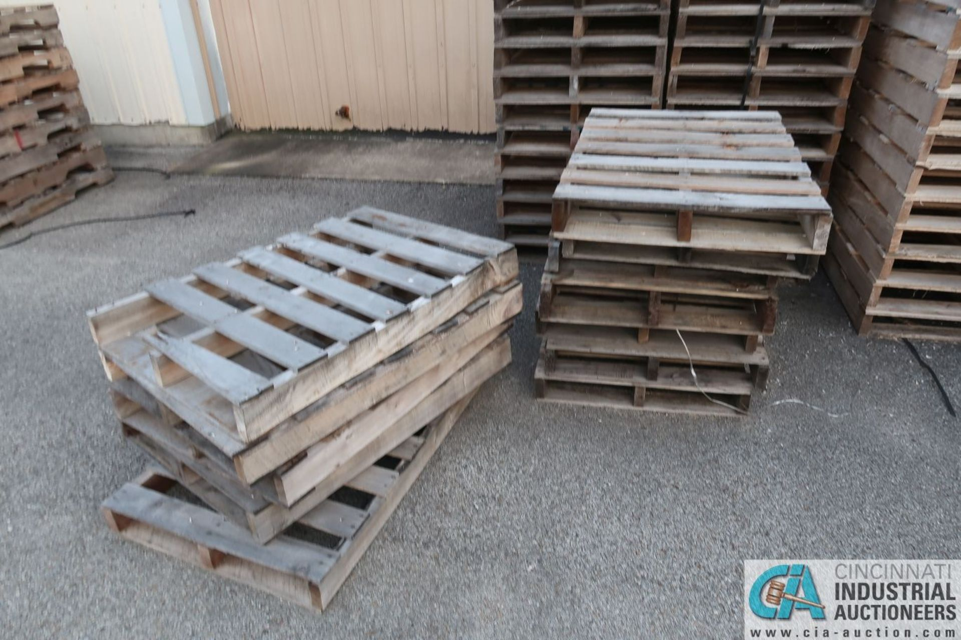 APPROX. VARIOUS SIZE NEW WOOD PALLETS - Image 3 of 5