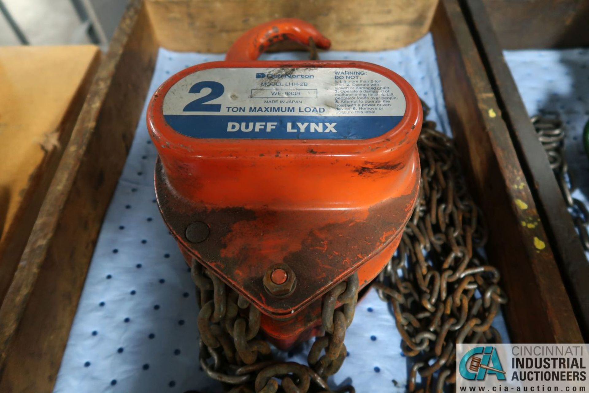 2 TON CAPACITY DUFF-LYNX MANUAL CHAIN HOIST - Image 2 of 2