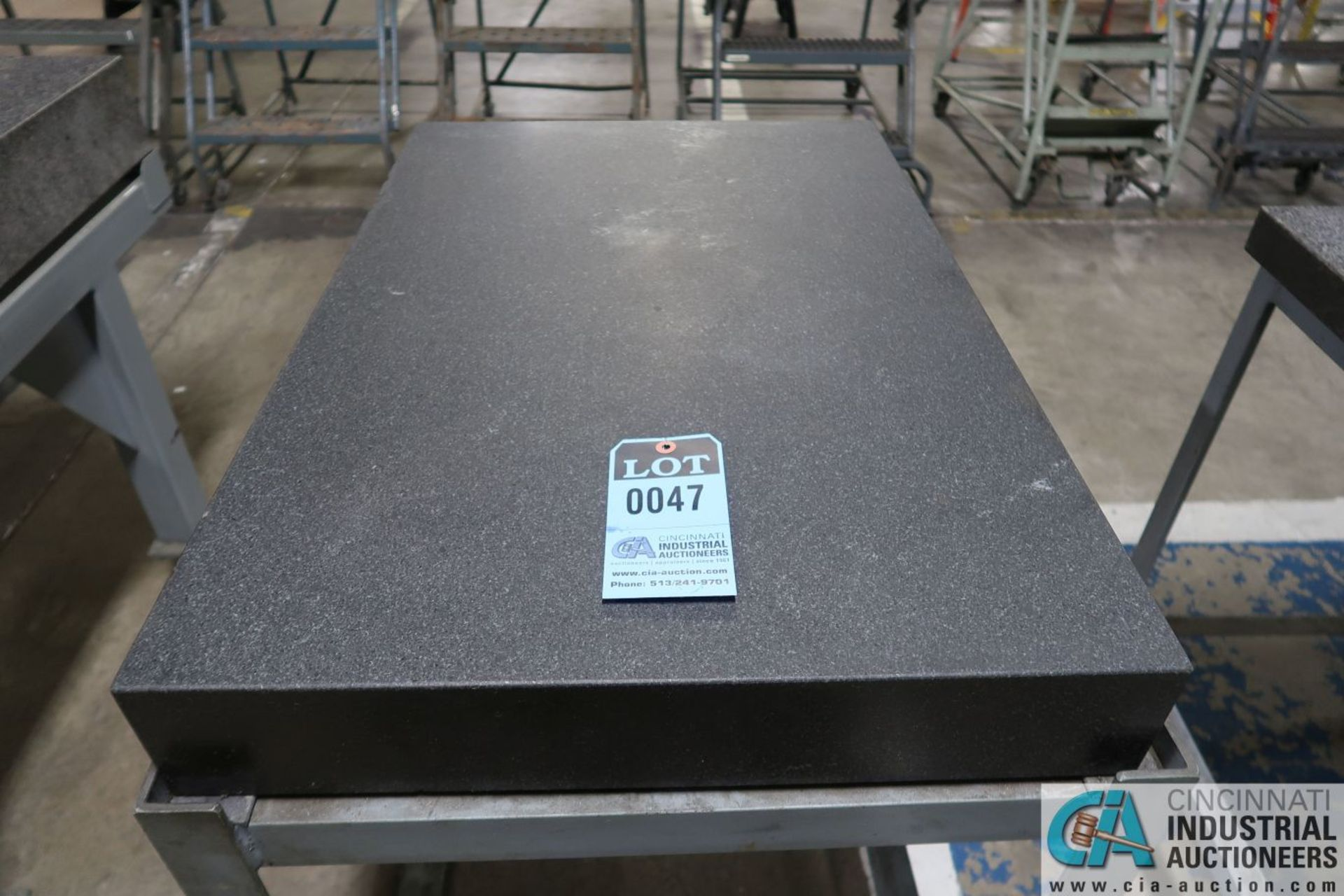 """23"""" X 35"""" X 4"""" THICK BLACK GRANITE SURFACE PLATE WITH STAND"""