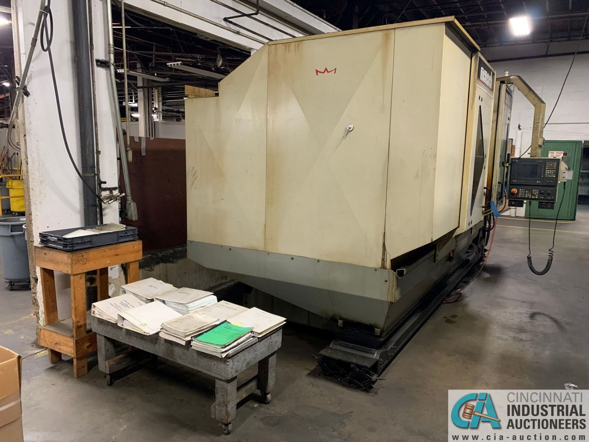 MONARCH UNISIGN TYPE UNIVERS 4 ZONALL 4 CNC VERTICAL MACHINING CENTER; S/N 99Z402, NO. 4292, - Image 8 of 11