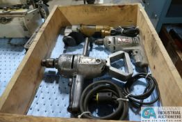 (LOT) (20 ELECTRIC DRILLS AND 12 GA. SHEAR