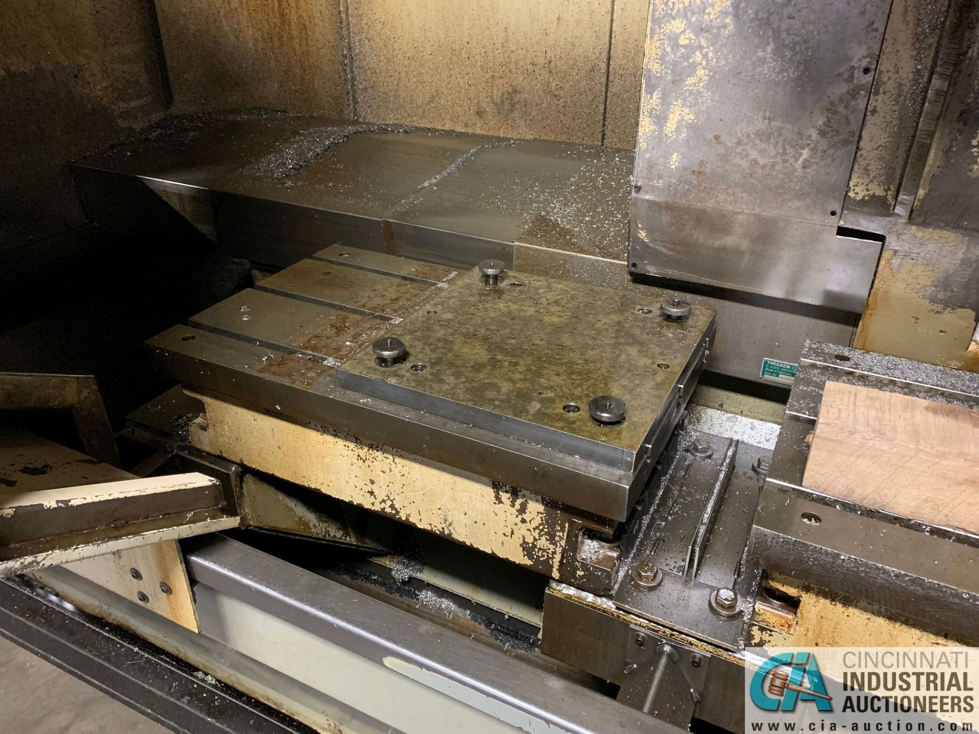 MONARCH UNISIGN TYPE UNIVERS 4 ZONALL 4 CNC VERTICAL MACHINING CENTER; S/N 99Z403, NO. 4293, - Image 4 of 13
