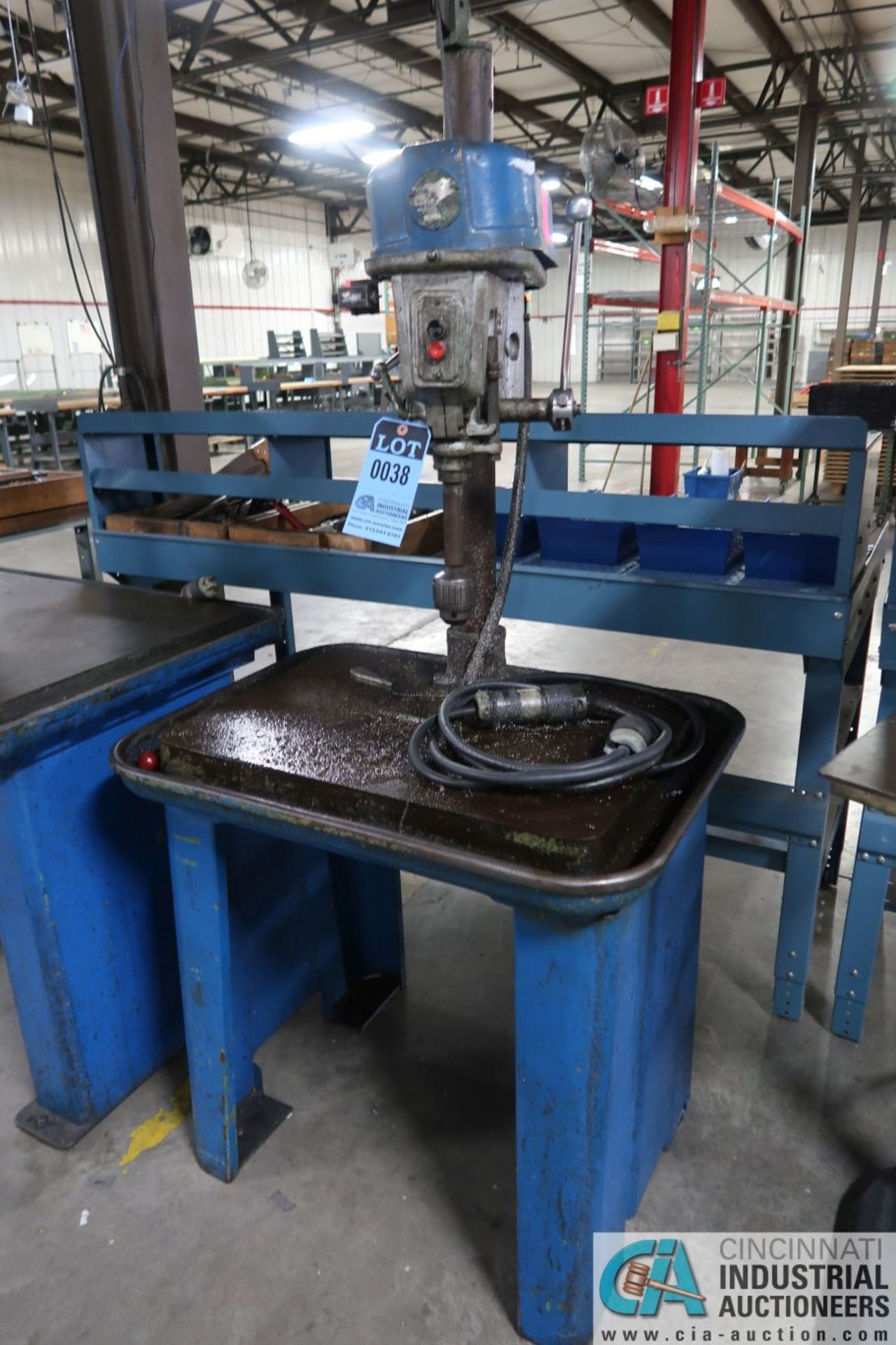"""15"""" WALKER-TURNER SINGLE SPINDLE MACHINE BASE MOUNTED DRILL, 19"""" X 28"""" DRILL BASE - Image 2 of 2"""